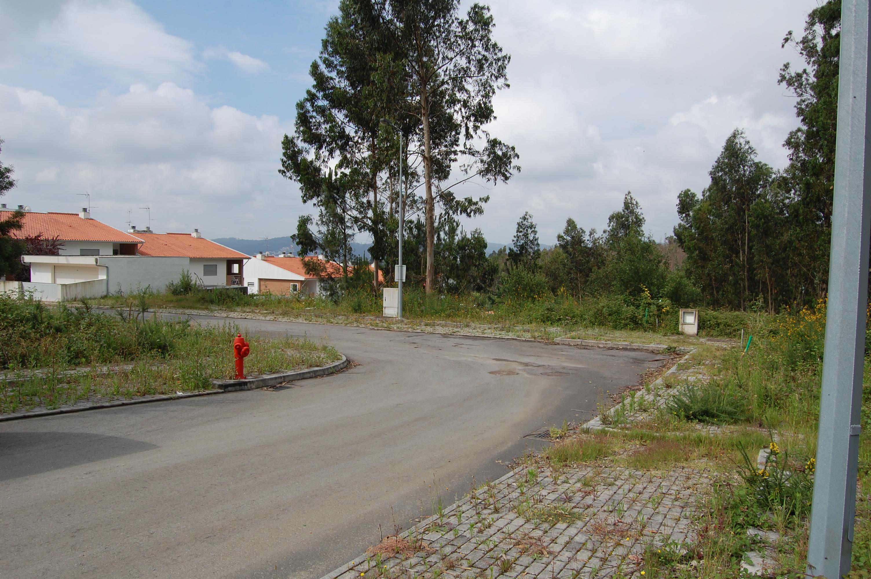 8 Lotes de terreno, Aldeia Nova – Ribeirão